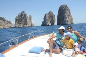 pic-29-family-capri-boat