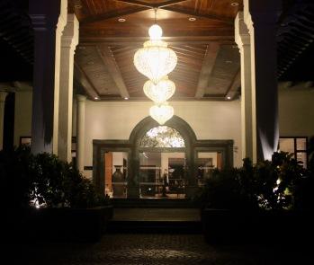 lobby night1
